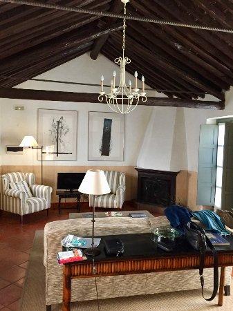 Hotel Molino del Arco: Molino del Arco: the Suite living room