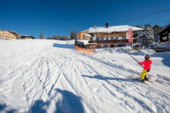 Mosern, Østerrike: Hinterfeldlift am Neunerwirt - ideal für Anfänger & Kleine Skifahrer
