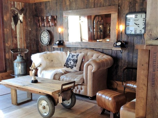 Little Budworth, UK: Vintage, retro, upcycled - great examples to be found everywhere