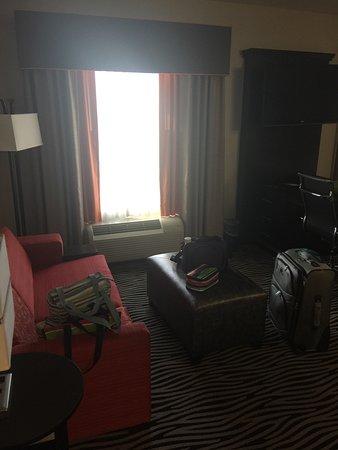Hampton Inn & Suites Tulsa Central: photo3.jpg