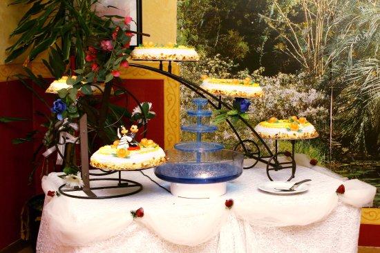 Caselle Torinese, Italia: TORTA DA CERIMONIA