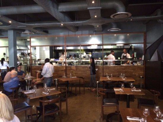 die offene Küche - Picture of Foxcroft Restaurant, Constantia ...