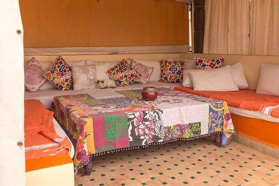 Dar Charkia: Rooftop sitting area. Very comfortable!