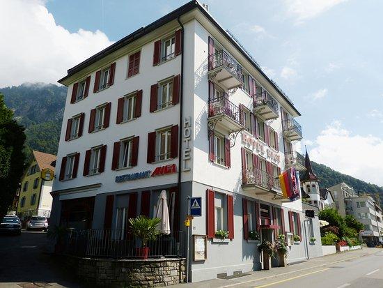 Hotel Rigi Restaurant: Das Hotel Rigi im Herzen von Vitznau