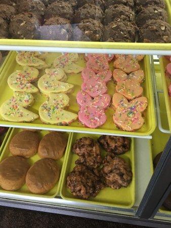 Wyoming, MI: Marge's Donut Den