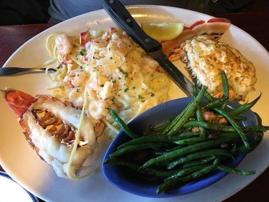 Avon, Индиана: Good lunch, fresh salads!