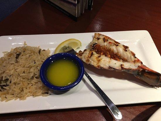 Avon, IN: Good lunch, fresh salads!