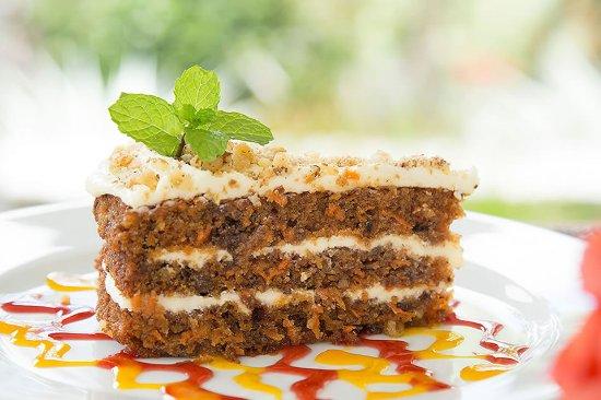 Nevis: Mango Carrot Cake