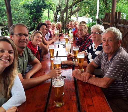 Nature's Valley, Afrique du Sud : Big family at Natures Valley Restaurant