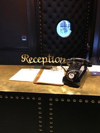 The Churchill Hotel: photo2.jpg