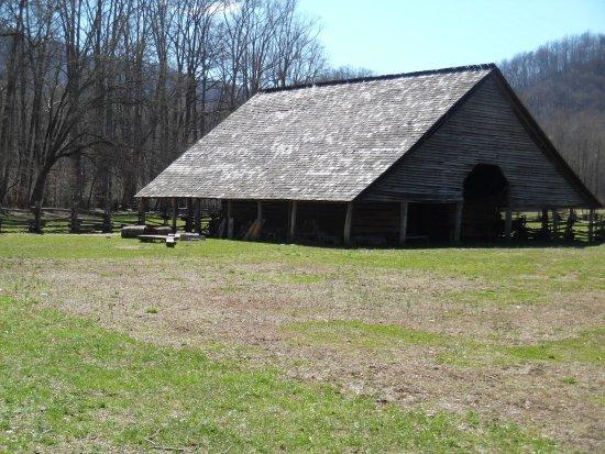 Mountain Farm Museum: SAM_2103_large.jpg