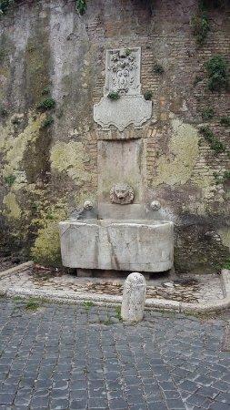 Fontana di Porta San Pancrazio