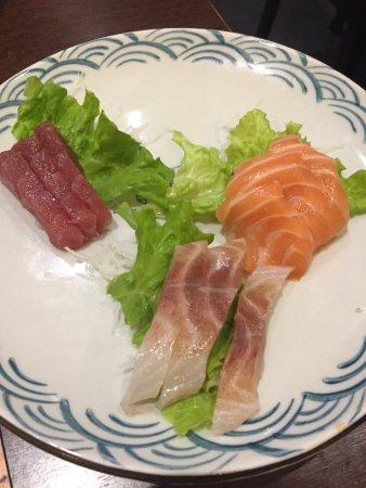Lavena Ponte Tresa, Italie : Sashimi misto