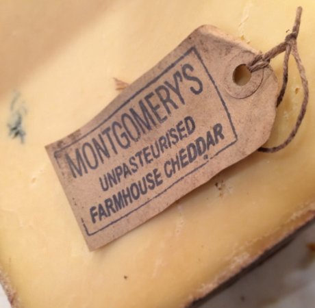 Mattituck, NY: Monty's Cheddar
