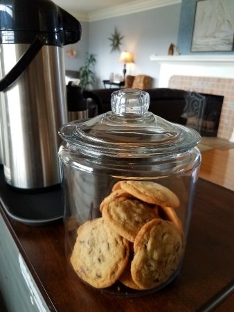 Nantucket Inn: Homemade cookies. Cooking is Jessica's form of meditation, so maybe you'll g enlightened eating