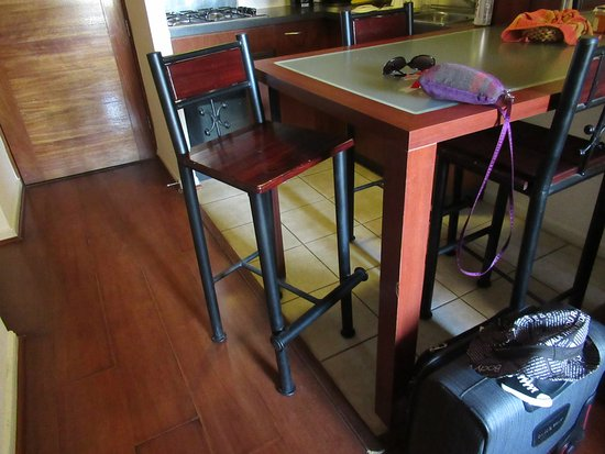 Chileapart.com: The high chairs
