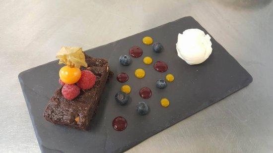 Tremadog, UK: Chocolate Brownie.