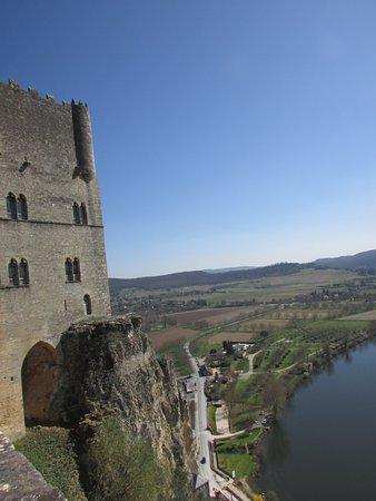 Beynac-et-Cazenac, Frankrig: Vue depuis le haut du château