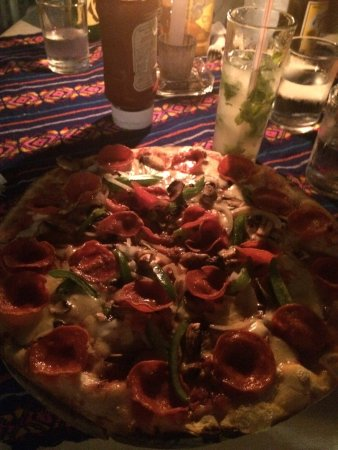 Don Muchos : Heerlijke pizza !