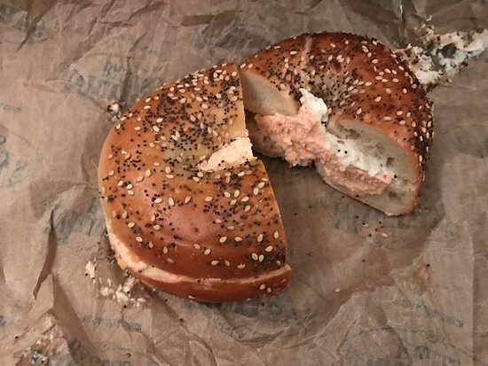 Photo of American Restaurant Murray's Bagels at 242 8th Ave, New York, NY 10011, United States