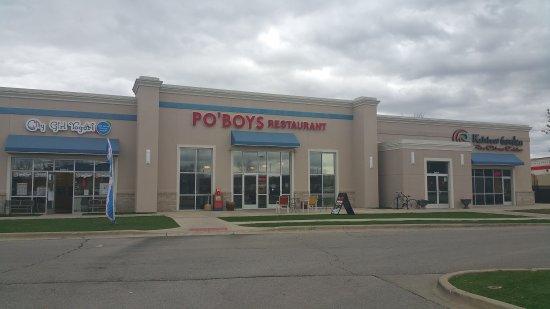 Urbana, IL: Po Boys Restaurant