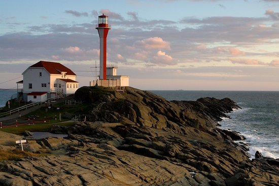 Yarmouth, Canada: Cape Forchu at sunset