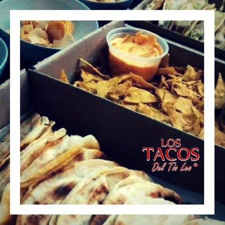 Capital Federal District, Argentina: esto son nachos ,cheddar y tacos