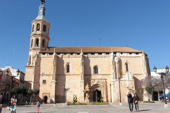 Valdepenas, España: iglesia