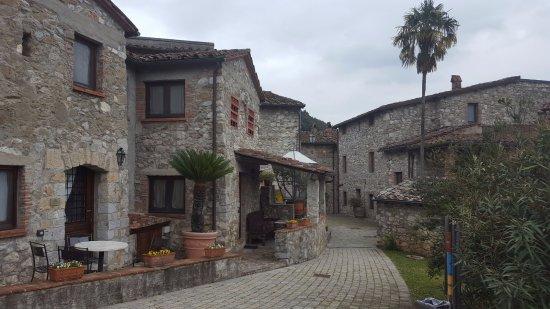 Borgo a Mozzano, Italia: Entrata del Borgo