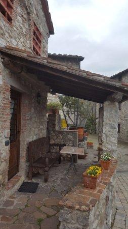Borgo a Mozzano, Italia: La veranda dalle Casa