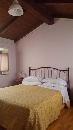 Borgo a Mozzano, Italia: La camera