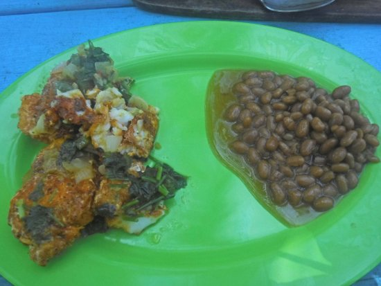Placencia, Belize: Grilled fish and beans