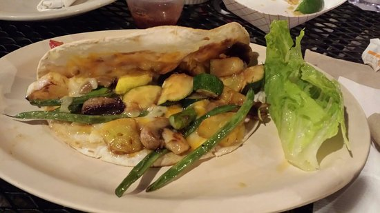 La Vallesana: Veggie taco