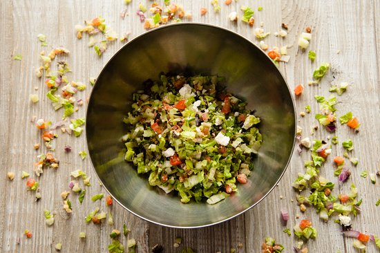 Peekamoose Restaurant: 12 ingredient chopped salad