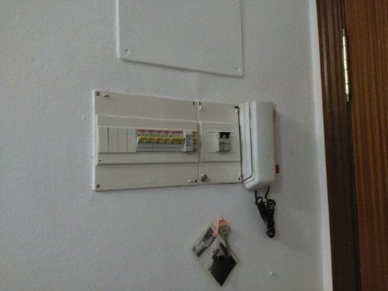 Cuadro de luces, de diseño: fotografía de Apartamentos Alvarez ...