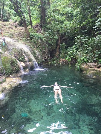 Mele Cascades : photo1.jpg