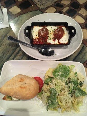 Carrabba's Italian Grill: photo0.jpg
