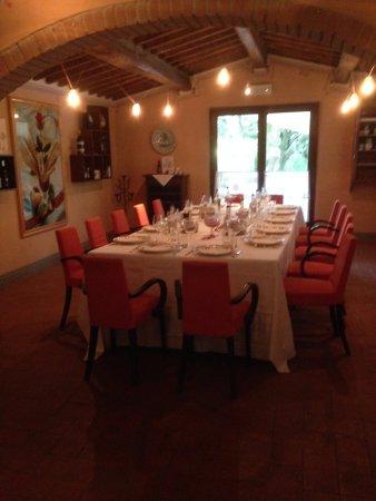Roccastrada, Italien: Tavolo imperiale per cerimonie intime