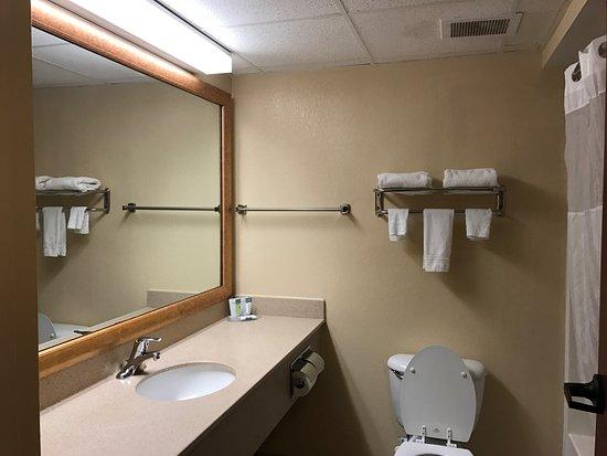 Hotel M, Mount Pocono: photo4.jpg