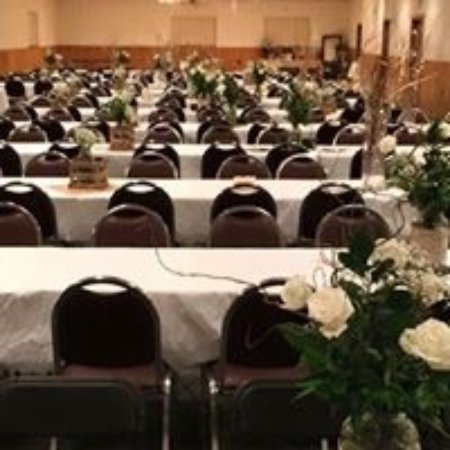 East Dubuque, IL: banquet hall