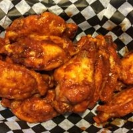 East Dubuque, IL: fresh wings