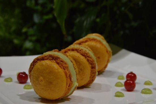 Romilly-sur-Seine, France: Macarons Inca à déguster au R' de Nicey