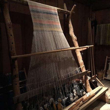 Vestvagoy, Norge: Weaving on display