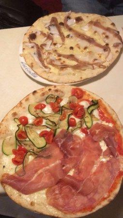Massimeno, Italy: Pizze d'acquolina in bocca
