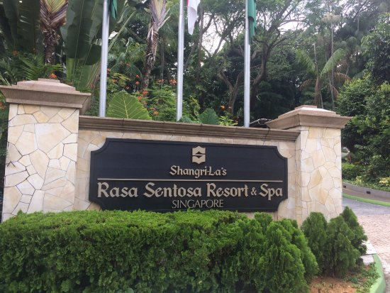 Shangri-La's Rasa Sentosa Resort & Spa Photo