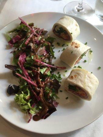 โลชส์, ฝรั่งเศส: Wrap de jambon serrano, crème de cantal, crudités