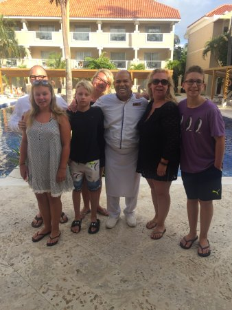 Dreams Palm Beach Punta Cana: All of us with Emilio :)