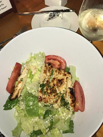 Palm City, FL: Grilled chicken salad — very tasty, and generous portions