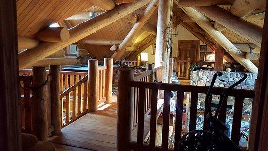 Buffalo Rock Lodge: Upstairs family area