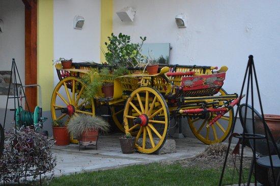 Pozarevac, Serbia: Wagon in outdoor dining area